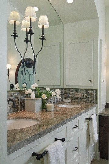 MUST-KNOW: 11 Simple Ways To Make Your Small Bathroom Look BIGGER