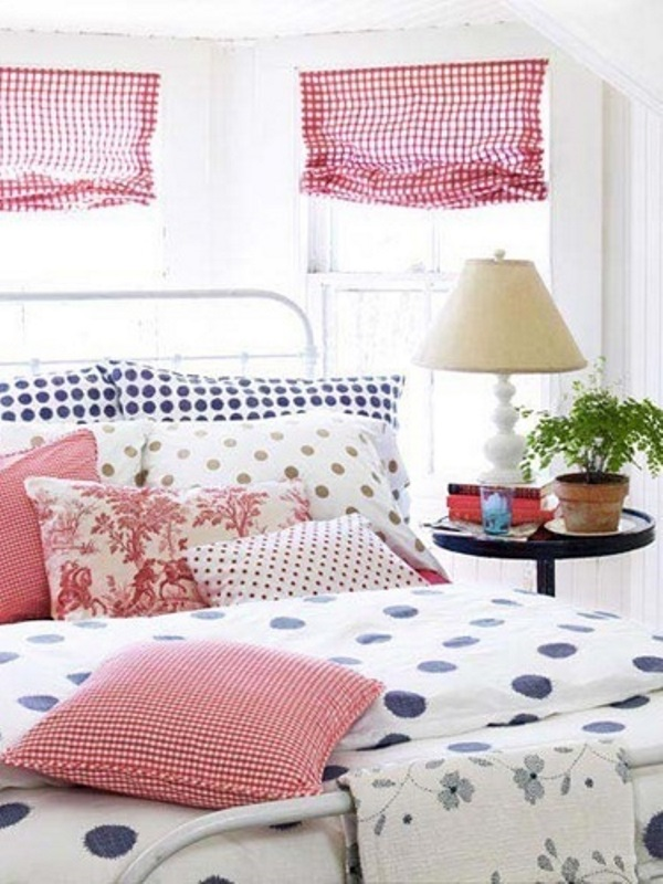 Bedroom; bed; decorative pillow; lamp; curtains| Image source: Country Living