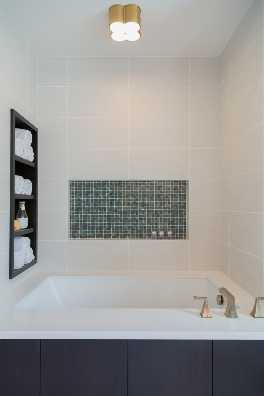Bathroom remodel; tub; tile; storage | Interior designer: Carla Aston / Photographer: Tori Aston